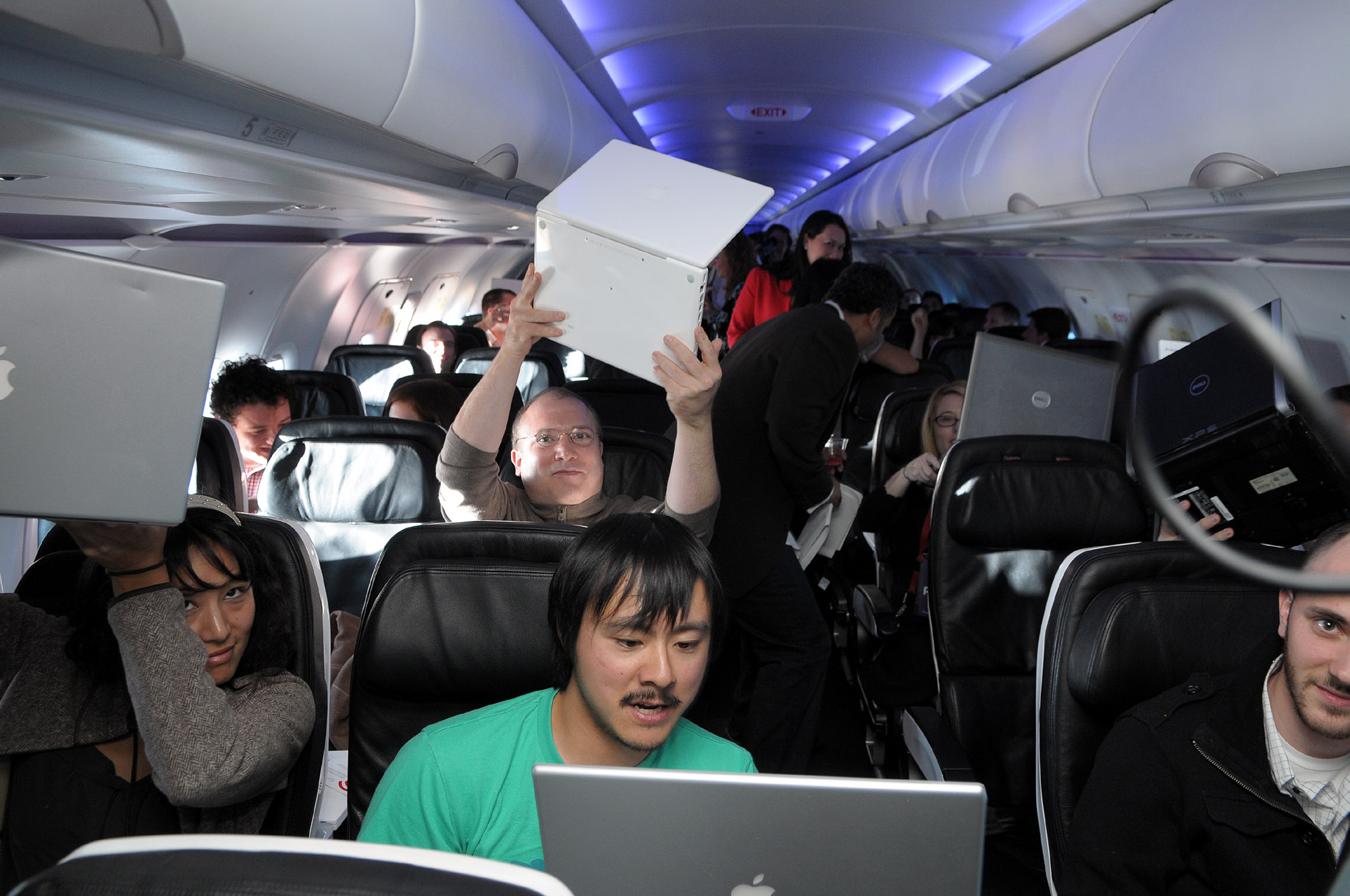 Virgin America Wifi 102
